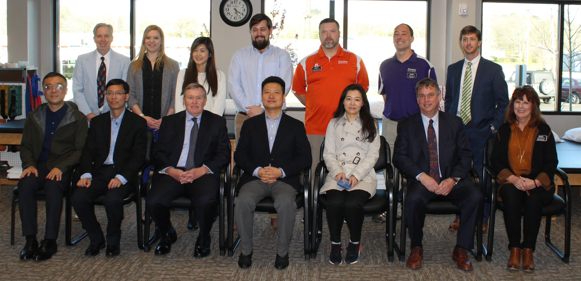 Encore Rehabilitation hosts tour group from China (2)
