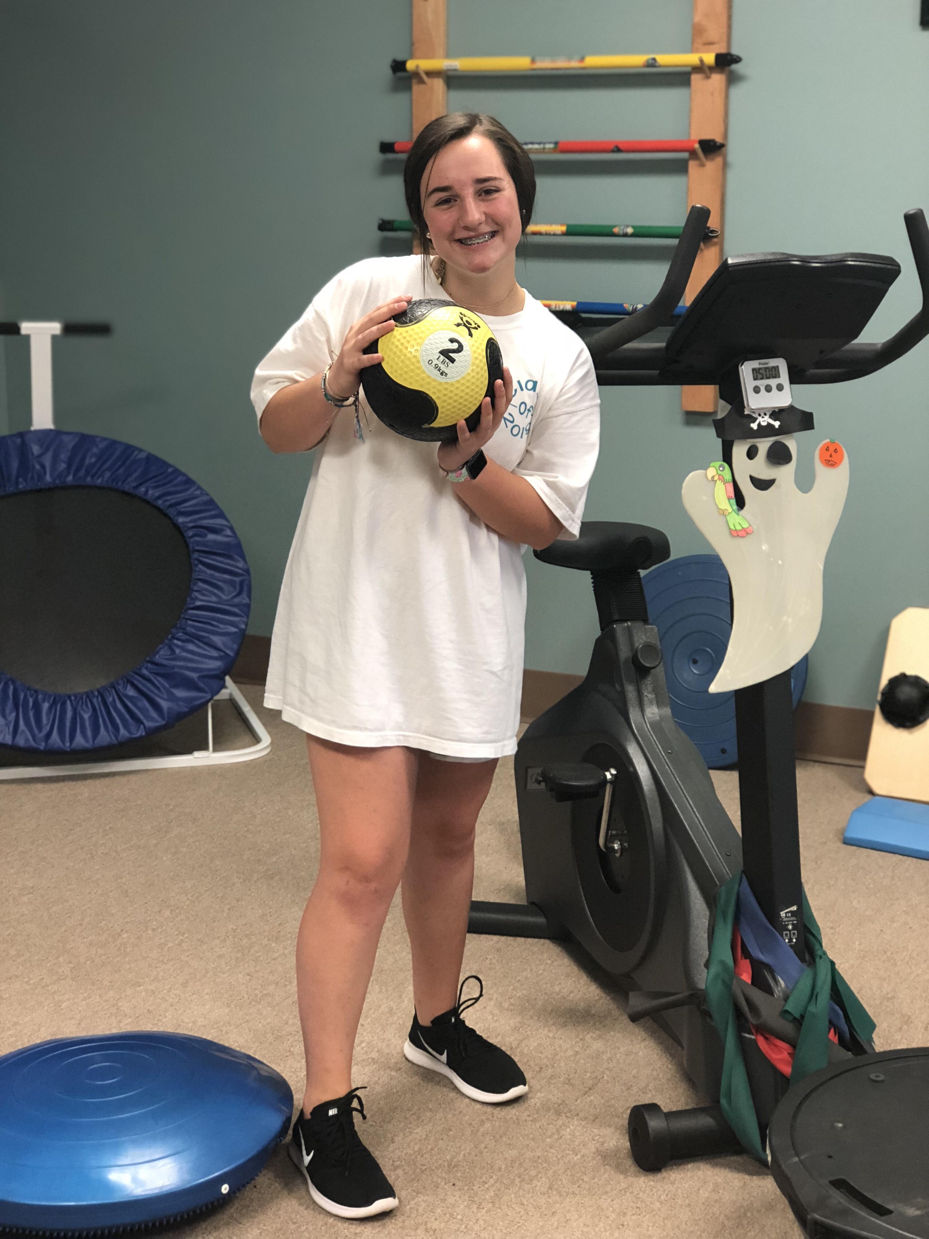 Raileigh Lyerly - Athlete of the Month for Encore Rehabilitation-Long Beach - #EncoreRehab #IamEncore