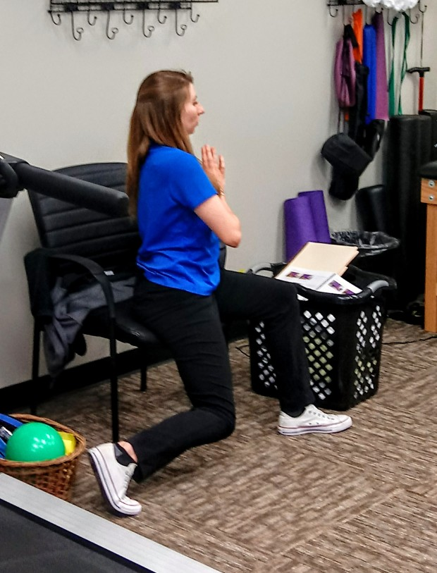 Encore Rehabilitation Physical Therapist Assistant Megan Johnson leads an exercise session for TEAMS Research Study participant at Phenix City #EncoreRehab